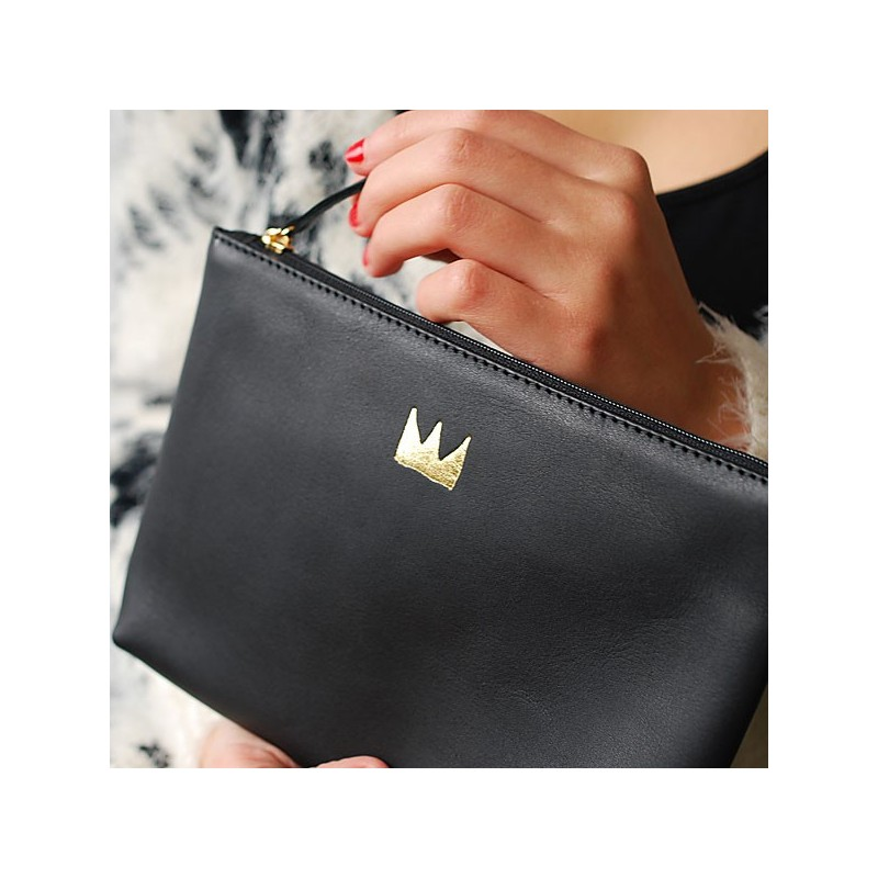 leather pouch long life with me black delika